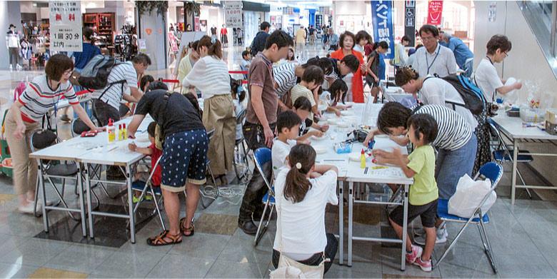 8月19日(土)、20日(日) 「プロとデザインする!MY置き時計」 「親子デザインサロン」を開催!